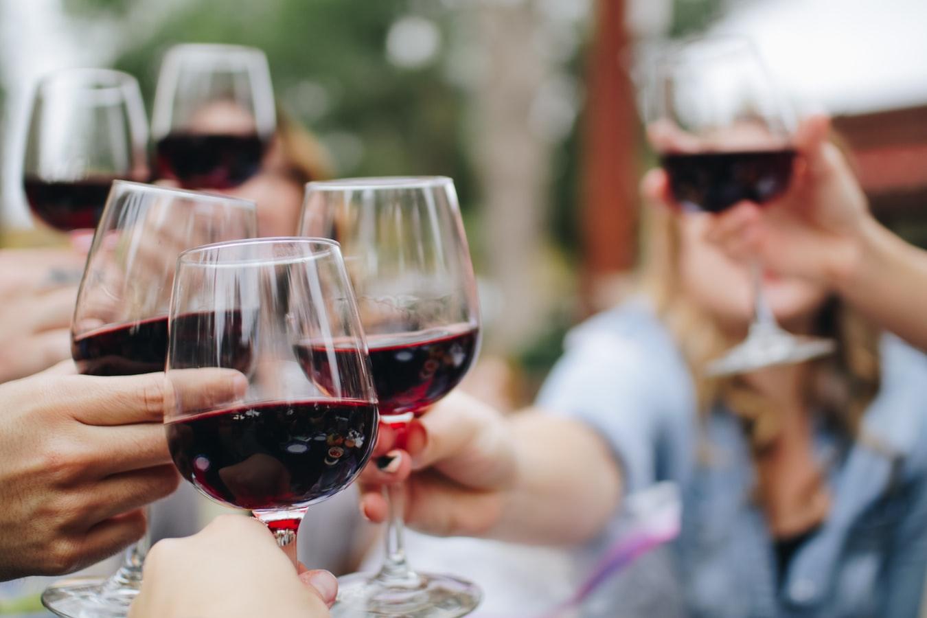 Consommer des boissons alcoolisées : les effets sur notre santé