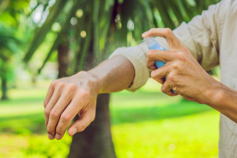 Protégez-vous avec un répulsif anti-moustiques !